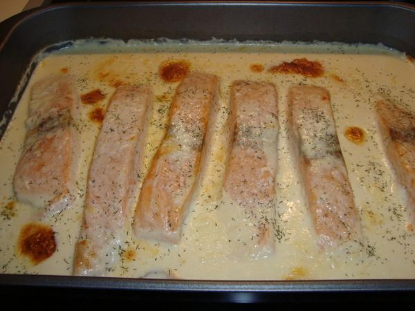 Рыба в духовке в соусе рецепт