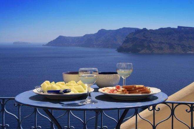 Ученые объяснили, чем именно полезна «средиземноморская диета»